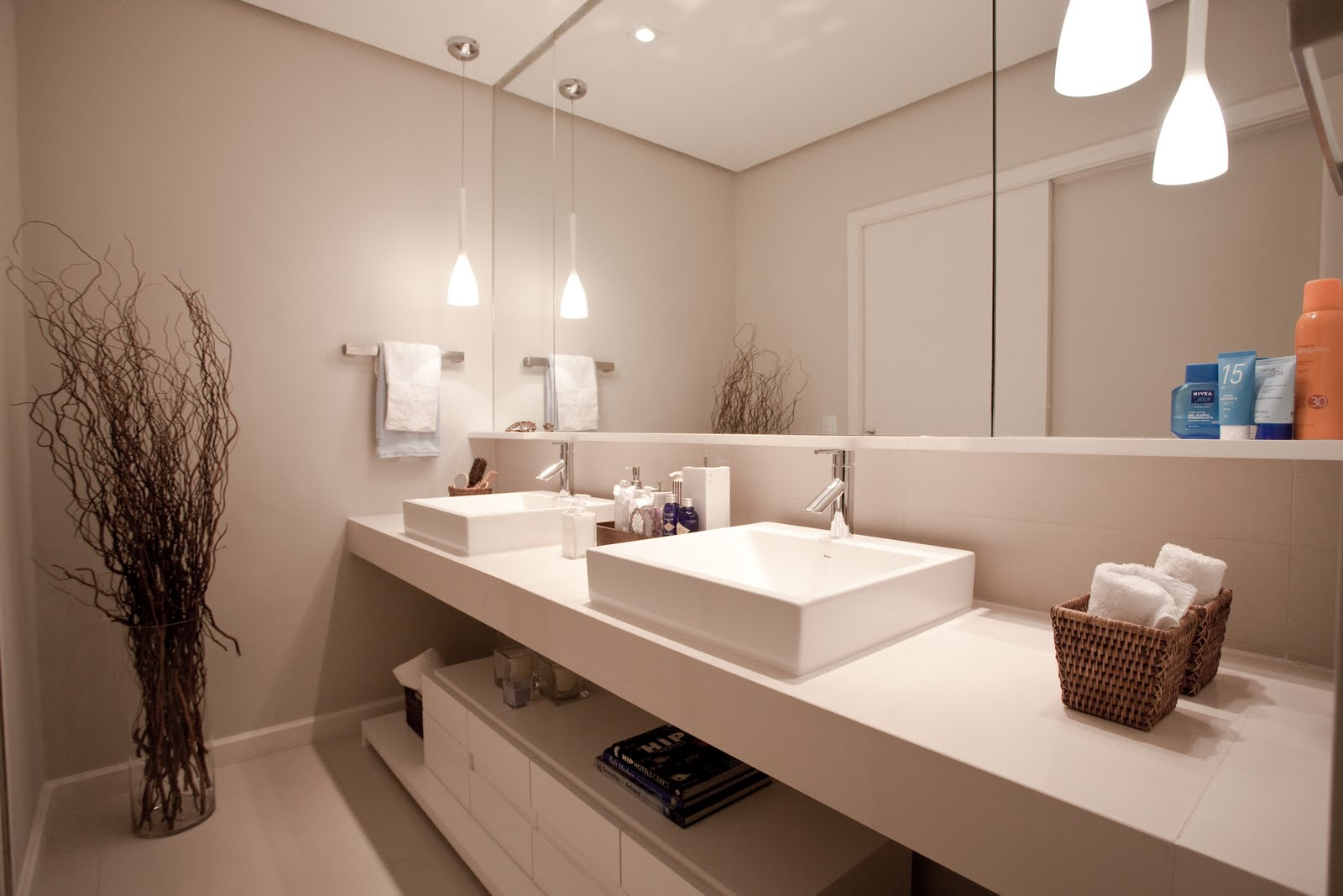 Renovando sua casa para 2013 Vitória Tintas #985133 1600x1067 Banheiro Azul Com Branco